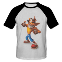 خرید تی شرت یقه و آستین سیاه طرح کرش بندی کت